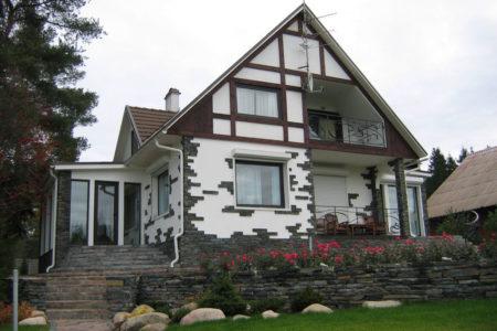 Танвальд в оформлении фасада дома (1)
